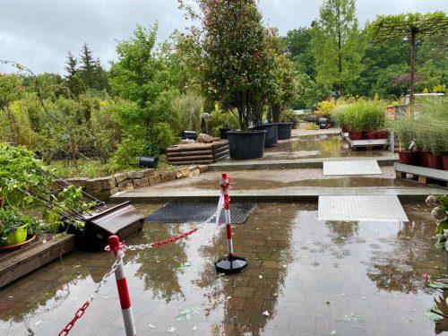 Die Gartenwelt nach dem Hagelsturm über München