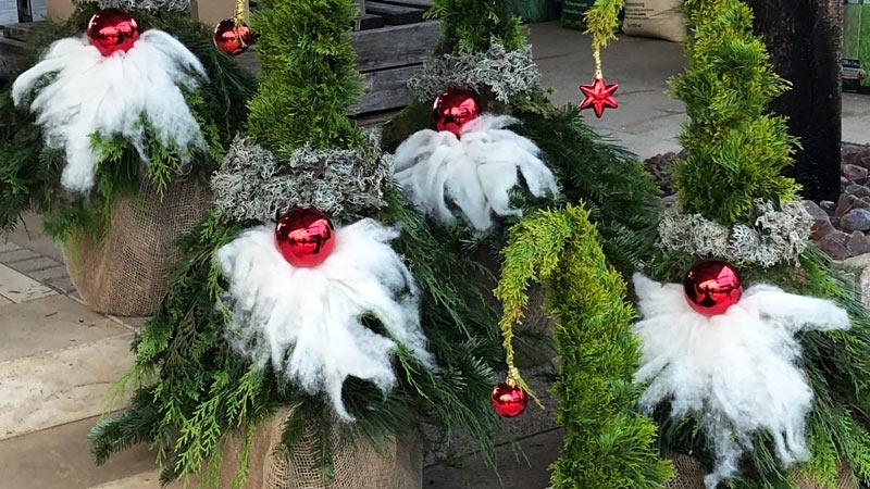 Weihnachtswichtel in der Gartenwelt bei München